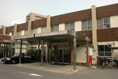 長野赤十字病院上山田診療所.jpg